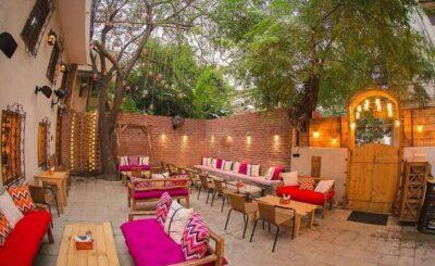 private cabin cafe Delhi