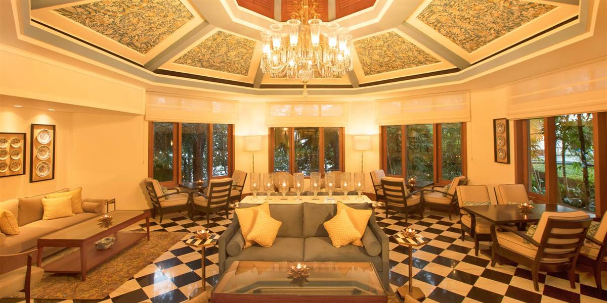 Top Private cabin Restaurants in Rishikesh for couples